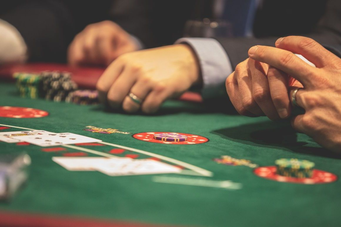 Examining Just How One Can Make Your Online Gambling Rock