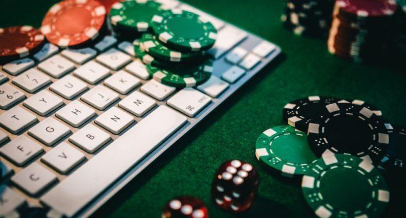 Online Casino Produces Professionals